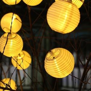 Solar Lichterkette mit Lampions