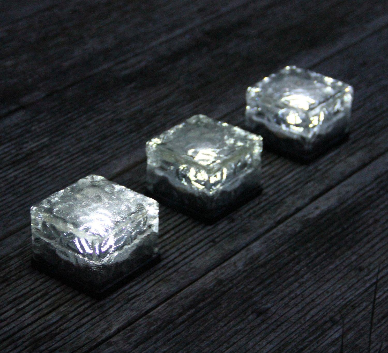 solar bodenleuchten vergleichen sie 5 leistungsstarke. Black Bedroom Furniture Sets. Home Design Ideas